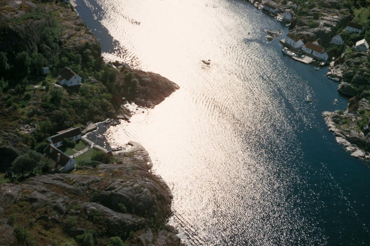 Flyfoto fra innseilingen til Ny-Hellesund.