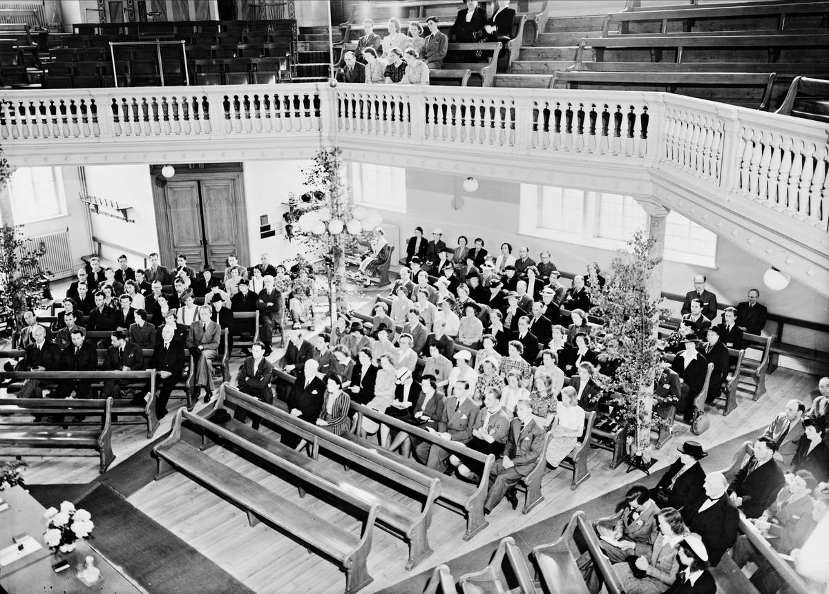 Ungdomskongress i Immanuelskyrkan, nuvarande Baptistkyrkan, Bangårdsgatan 11, Uppsala,1942