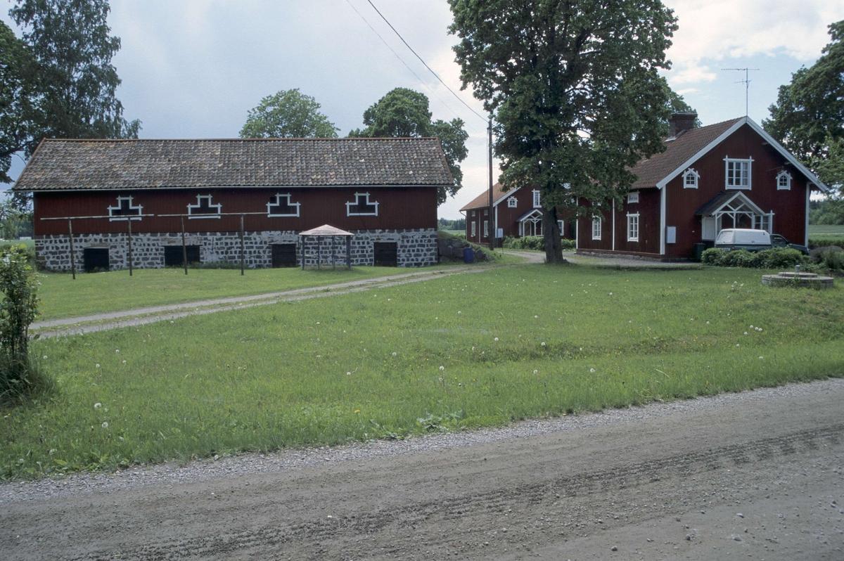 Källarbyggnad och f d arbetarbostäder, Ullfors bruk, Tierps socken, Uppland 2000