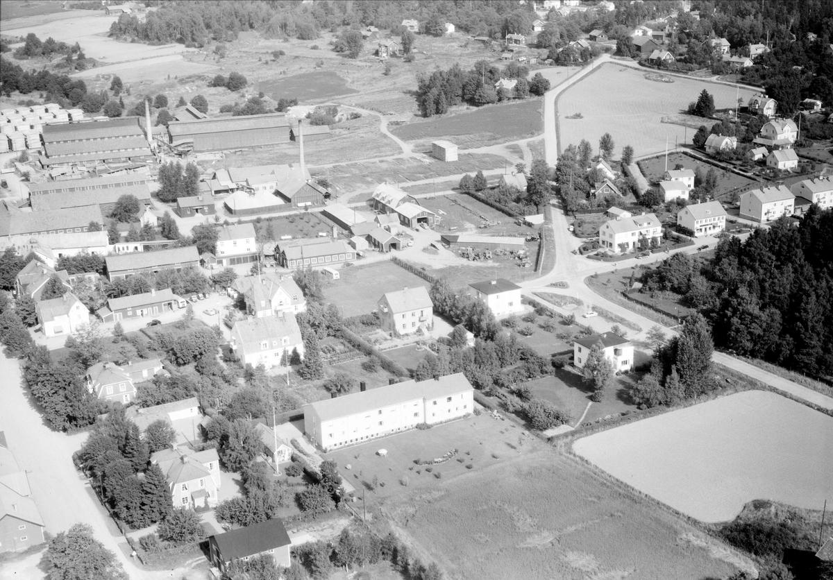 Flygfoto över Knivsta, Uppland 1958