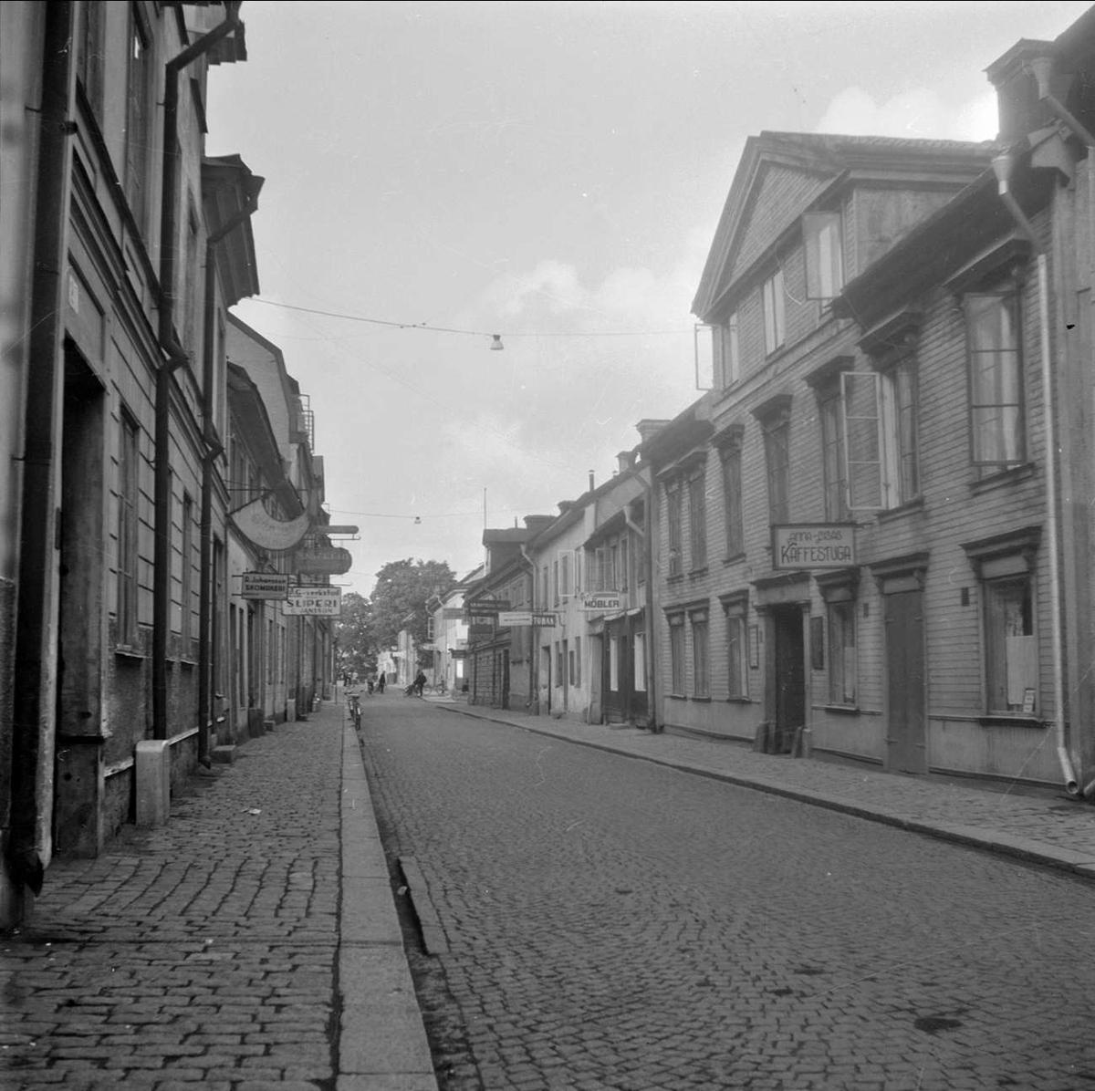 Uppsala över gården I - Dragarbrunnsgatan, Uppsala 1949