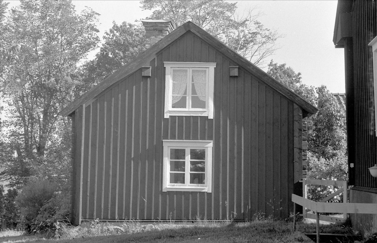 Brygghus, bod med mera, Högsta 1:17, Bälinge socken, Uppland 1976