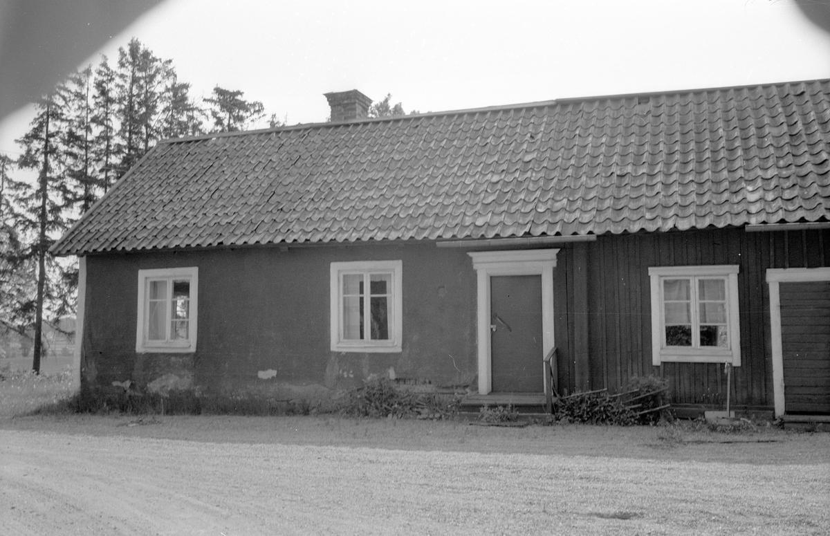 Arrendatorsidokammarstuga och arrendatorbostad, Stora Skärna, Fullerö 22:2, Gamla Uppsala socken, Uppland 1977