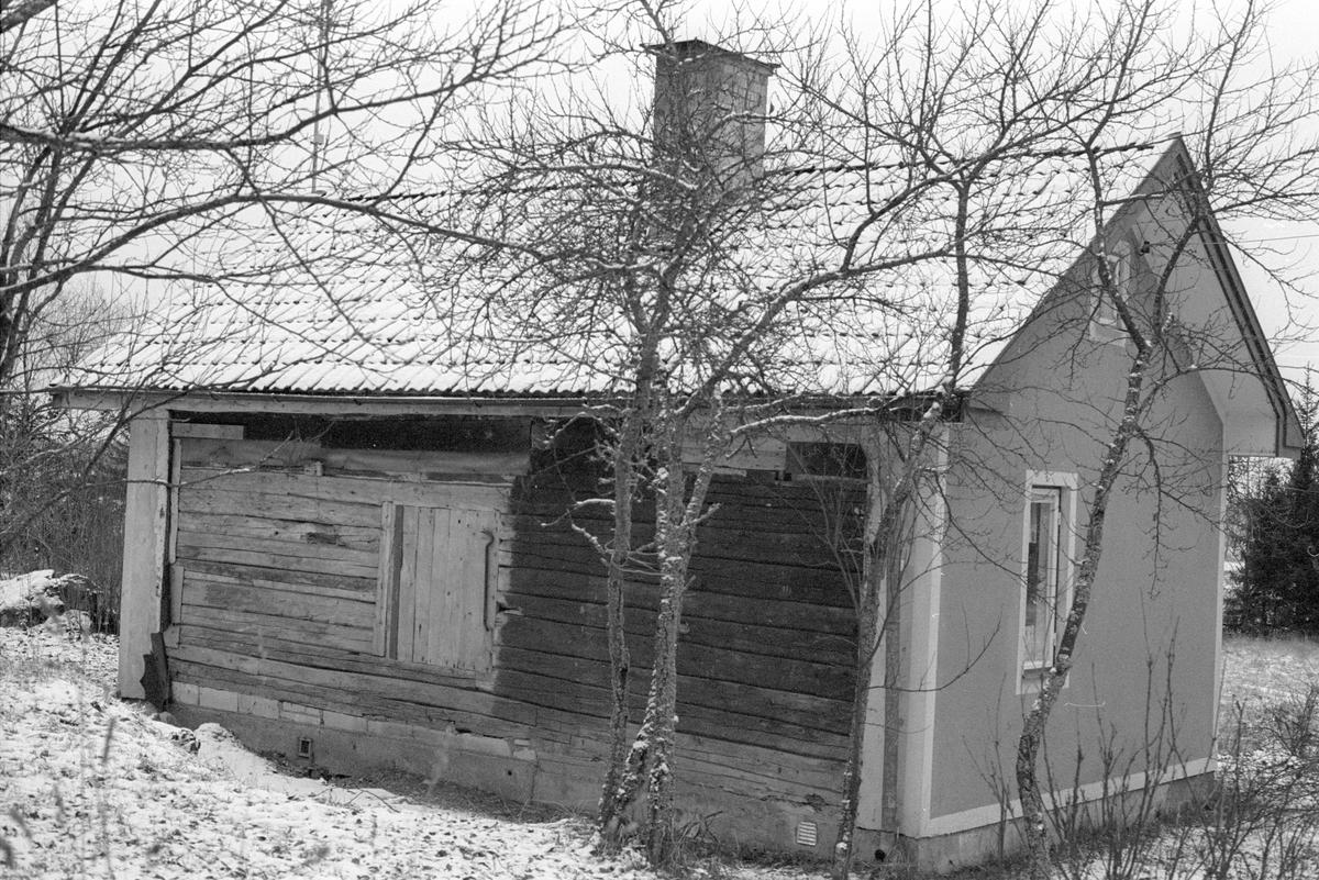 Bostadshus, Möjbro 1:2, Möjbro, Hagby socken, Uppland 1985