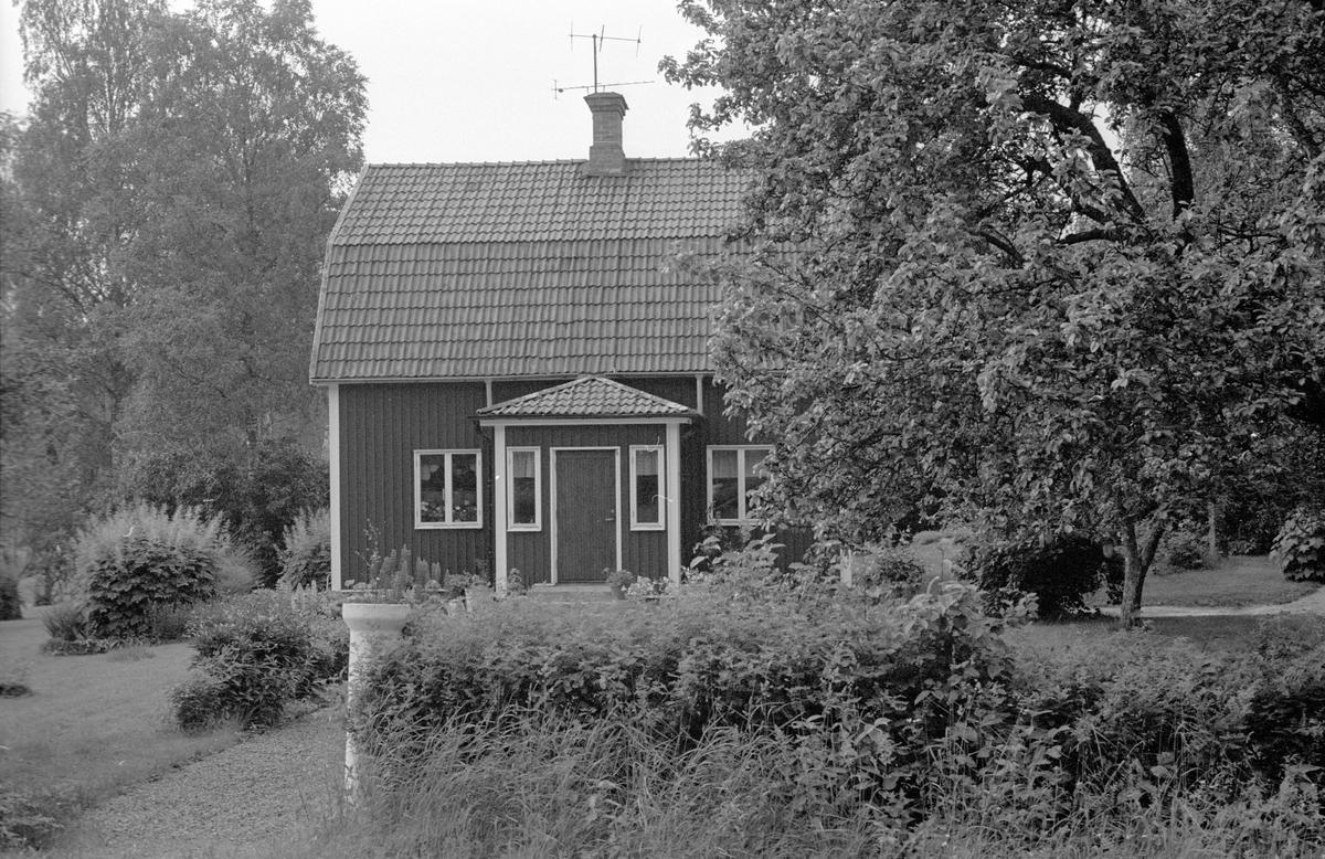 Bostadshus, Haga, Faringe-Täby 1:13, Faringe socken, Uppland 1987