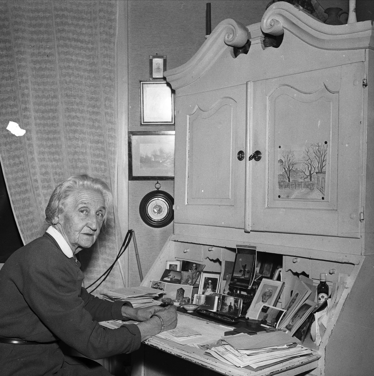 Skribenten Emy Cederblad i hemmet på Geijersgatan