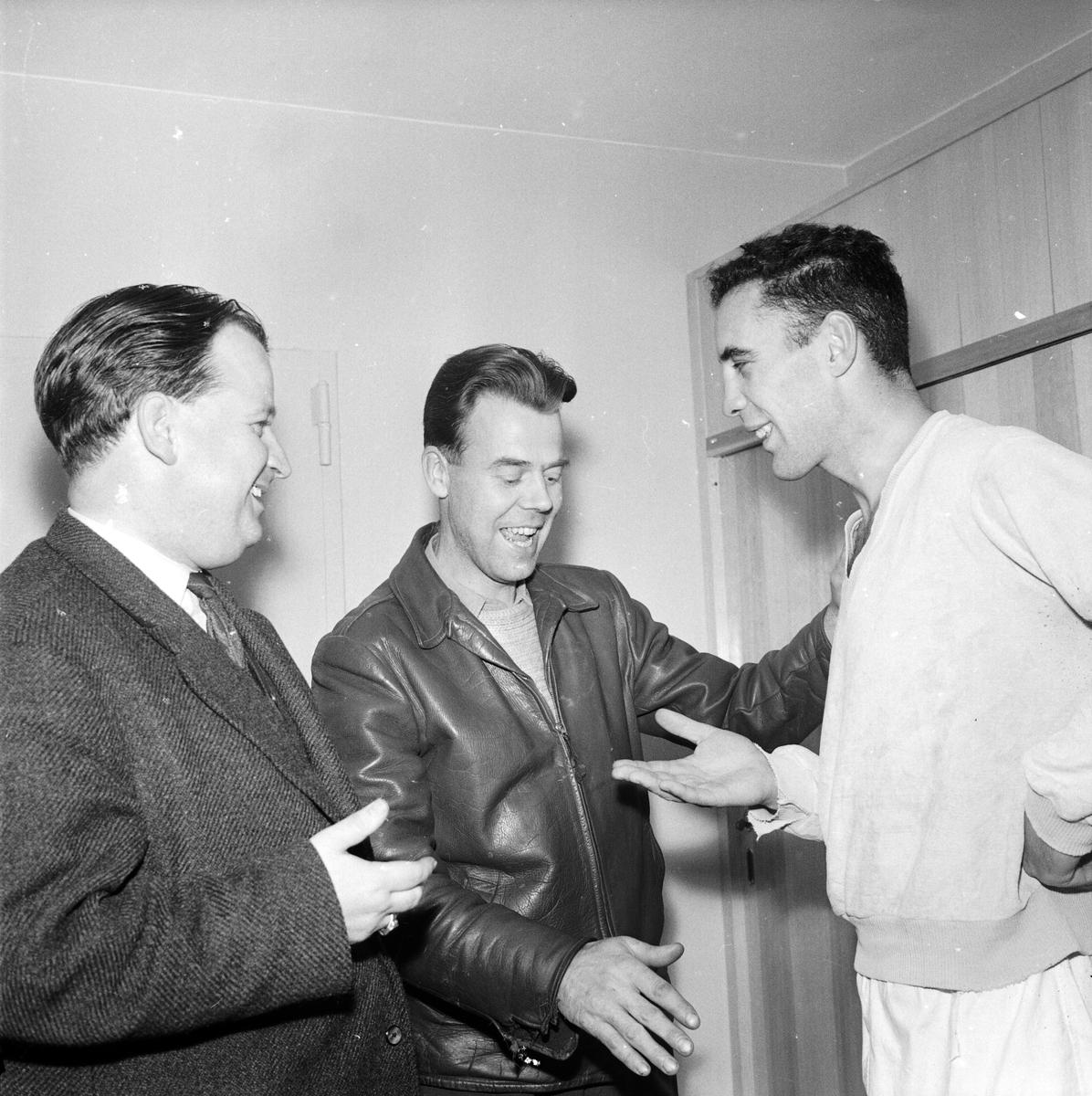Tre män, Uppsala oktober 1958