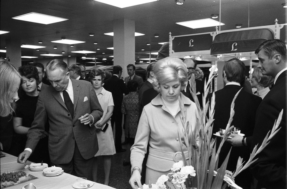Modevaruhuset S:t Per, Uppsala september 1970