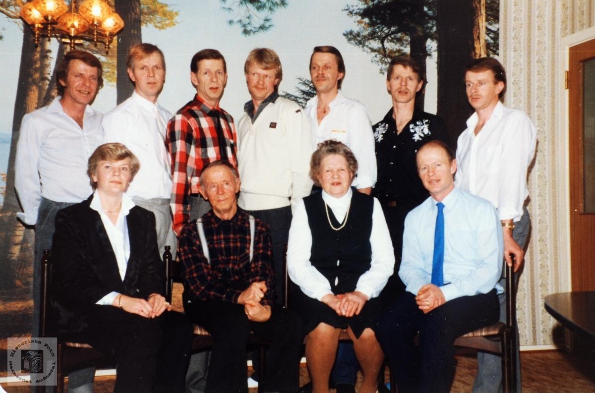 Familiebilde av familien Byremo. Audnedal.