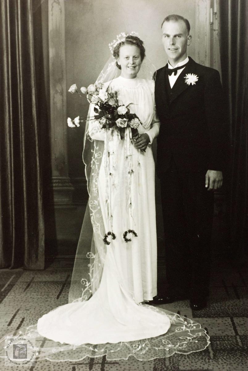 Brudebilde av Velaug og Torkel Håland. Grindheim Audnedal.