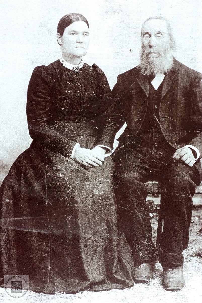 Protrett av ekteparet Anna og Tobias Iveland. Konsmo Audnedal.