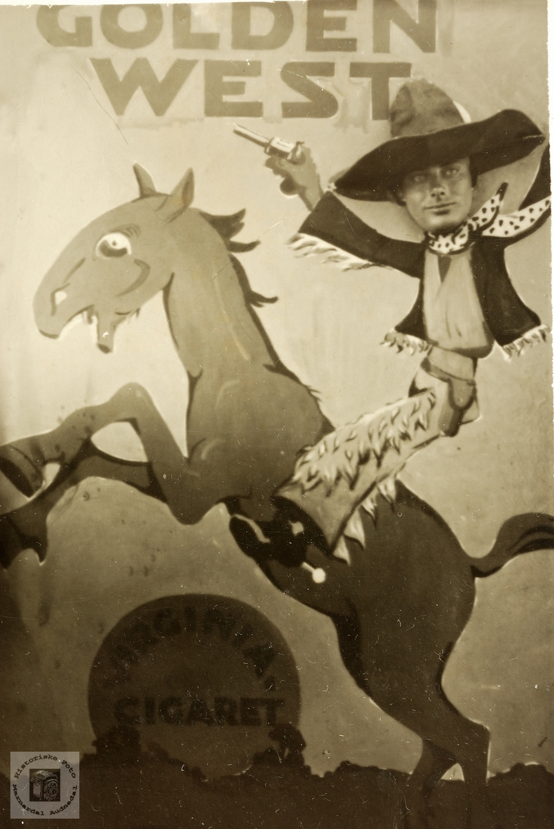 Gunvald Byremo leikar cowboy.