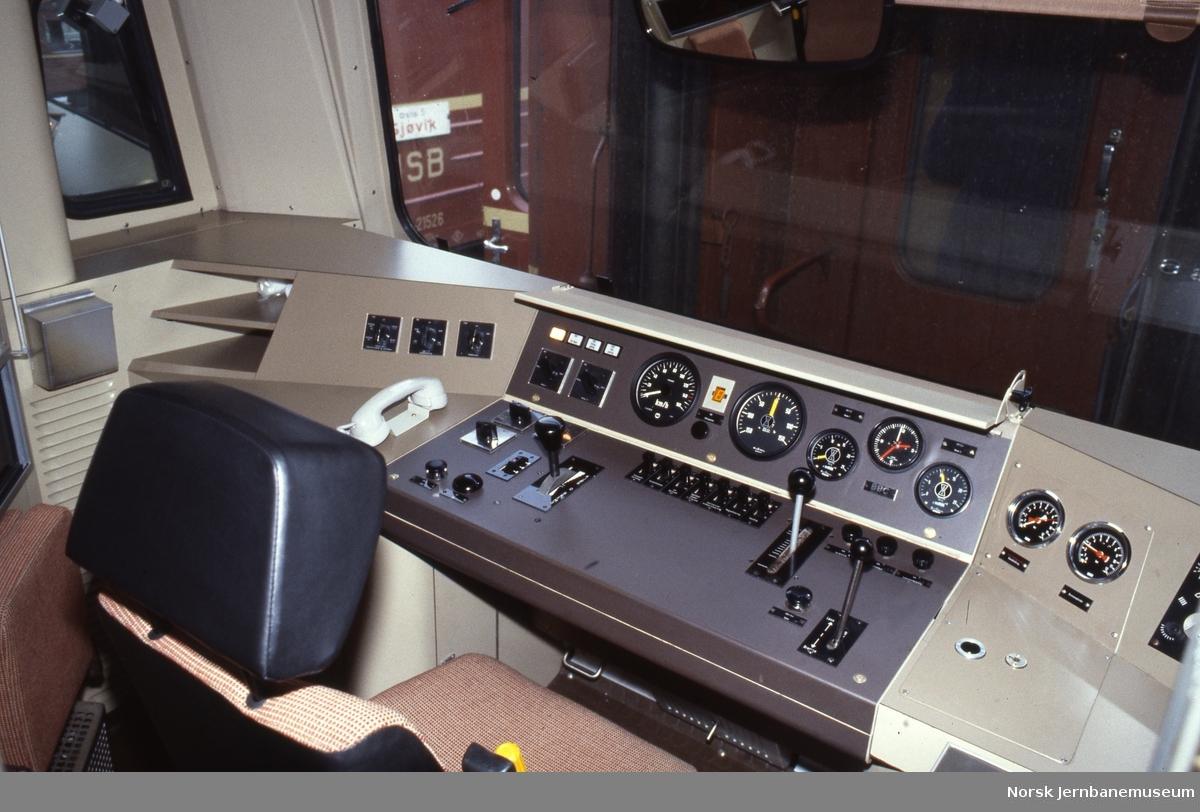 Førerbordet på motorvognsett type 92
