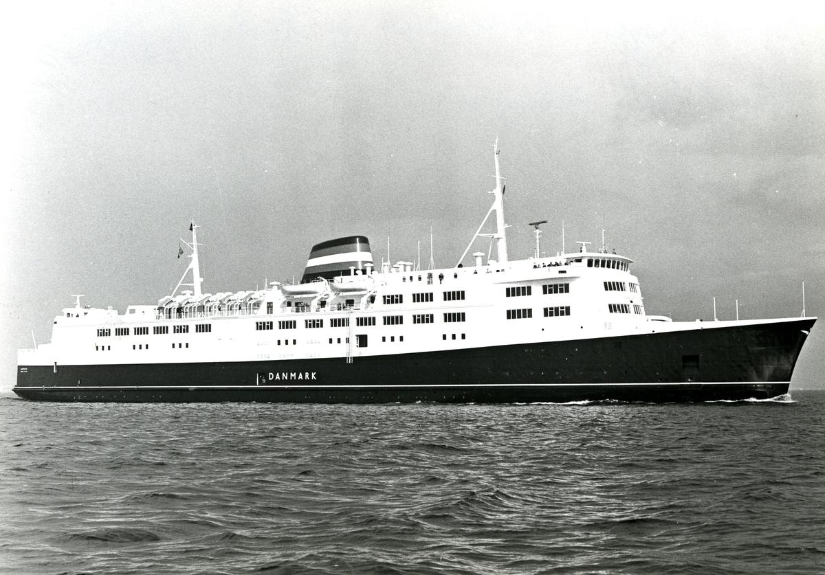 M/F Danmark (b.1968, Helsingør Skibsværft og Maskinbyggeri, Helsingør)