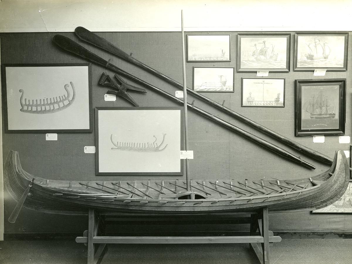 Fra den historiske sjøfartsavdelingen. - Jubileumsutstillingen på Frogner 1914.