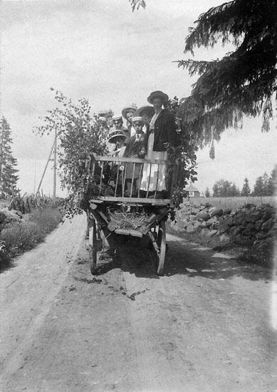 """Enligt noteringar: """"Färden till Ryd, Tulseboda 1909."""""""