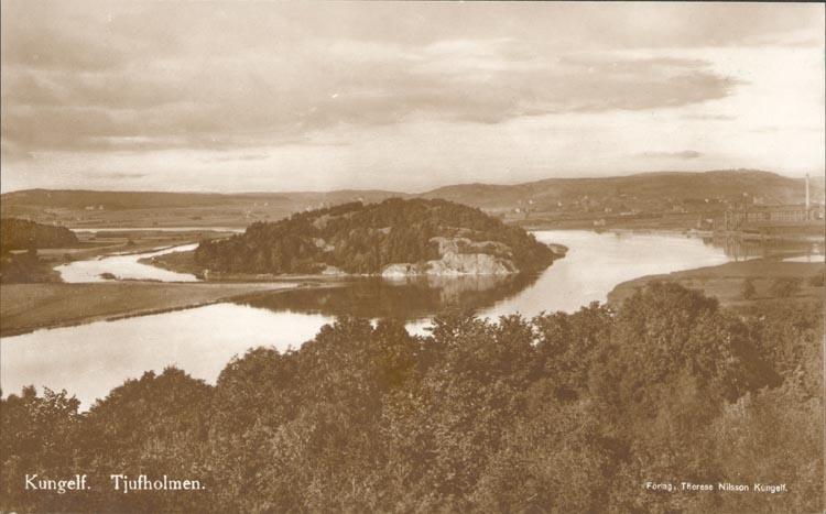 """Tryckt text på kortet: """"Kungelf. Tjufholmen"""". """"21 OKT. 1956"""".   ::"""