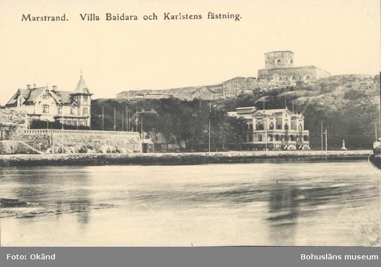 """Tryckt text på kortet: """"Marstrand. Villa Baidara och Karlstens fästning."""""""