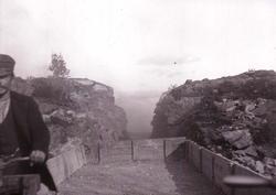"""Enligt text som medföljde bilden: """"Svarteborg, Bergpass vid"""