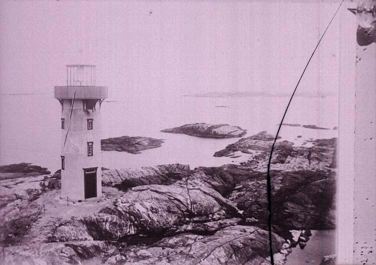 """Enligt text som medföljde bilden: """"Tjärnö, Ursholmen."""" ::"""