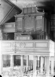 """Enligt fotografens noteringar: """"Foss orgel Foss kyrkorgel 19"""