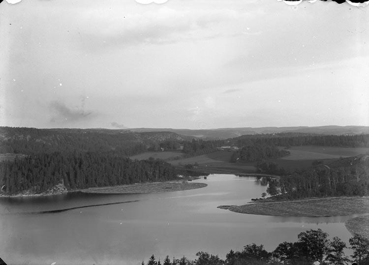 Kärnsjön med Torps gård