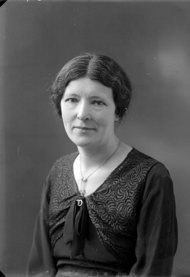 """Enligt fotografens noteringar: """"1933 Privat fotograf Selma Sahlberg 50 år."""""""