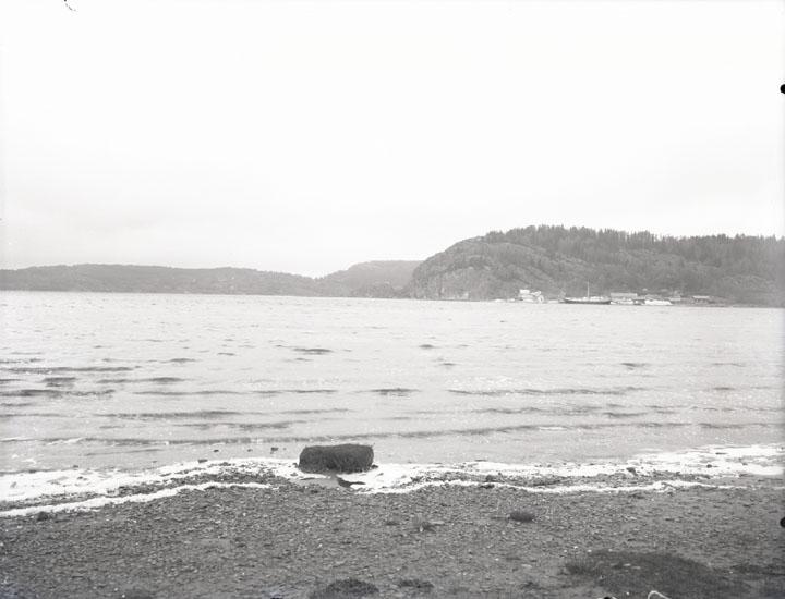 """""""1938. 14. Munkedals Bolag. Vid Saltkällans Brygga, gammal plåt."""""""
