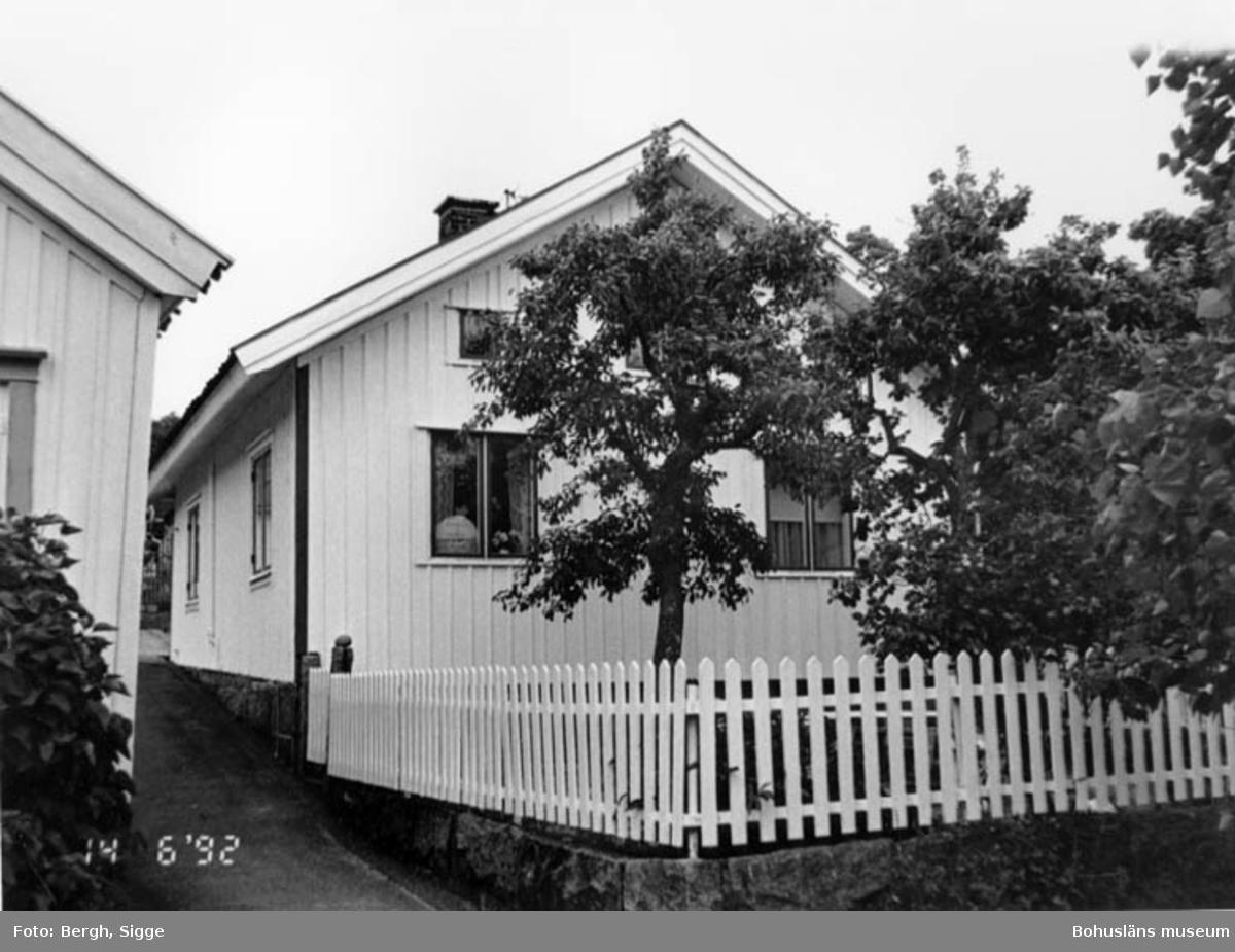 """Enligt text på fotot: """"Hovenäset. """"Reinert på Saans"""" hus numera Abbe Mähl""""."""
