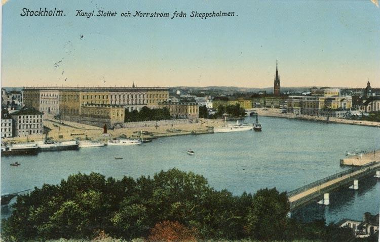 Notering på kortet: Stockholm. Kungl. Slottet och Norrström från Skeppsholmen.