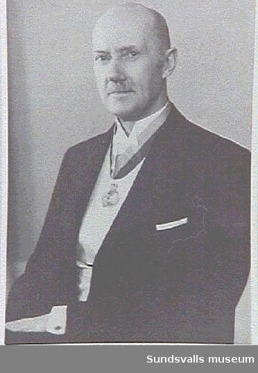 Per Bernhard Salomon, syssloman vid Sundsvalls stads fattigvård 1/12 1906 - 30/4 1941