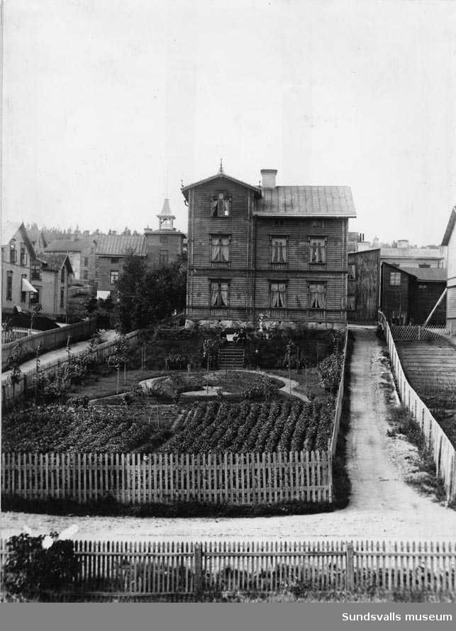 Cederbladska-huset. Bergsgatan 116, nuv. kvartert Albäcken.