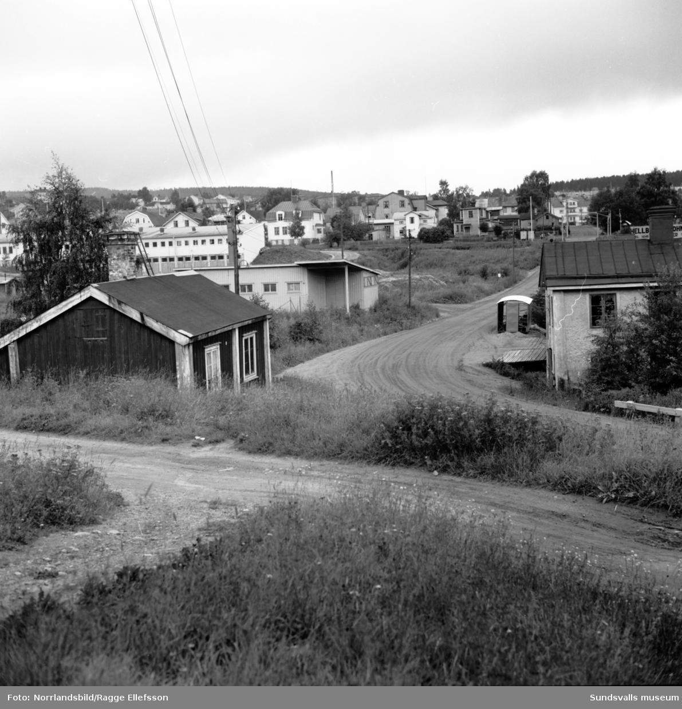 Gamla kvarter och hus vid Grönborgsgatan-Sidsjövägen.