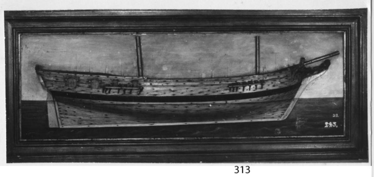 Fartygsmodell blockmodell styrbordssidan av briggen Skirner, insatt i ram, av trä, fernissad.