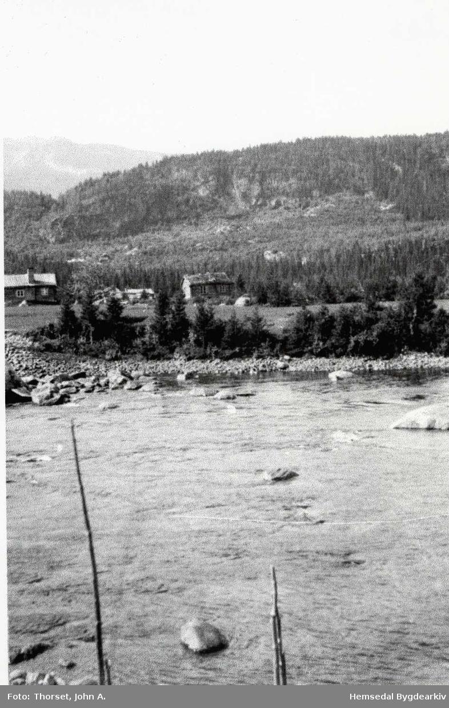 Elva Heimsil i retning mot Moen og Klypesberget, ca. 1920.