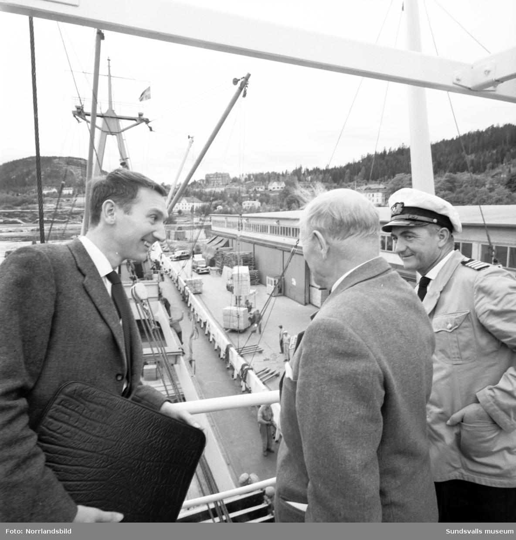 Svedberg och Kronberg exploaterar i sjöfarts-Svartvik.
