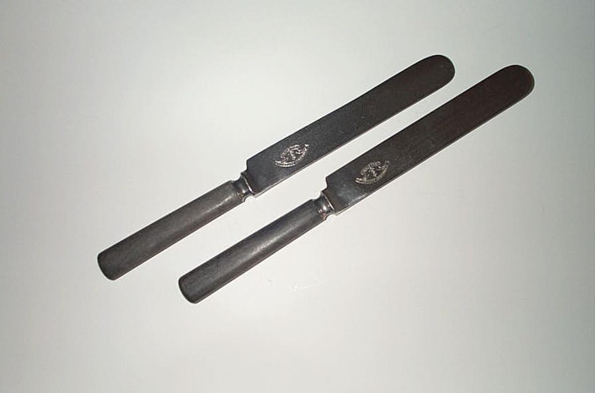 Kniv X 4