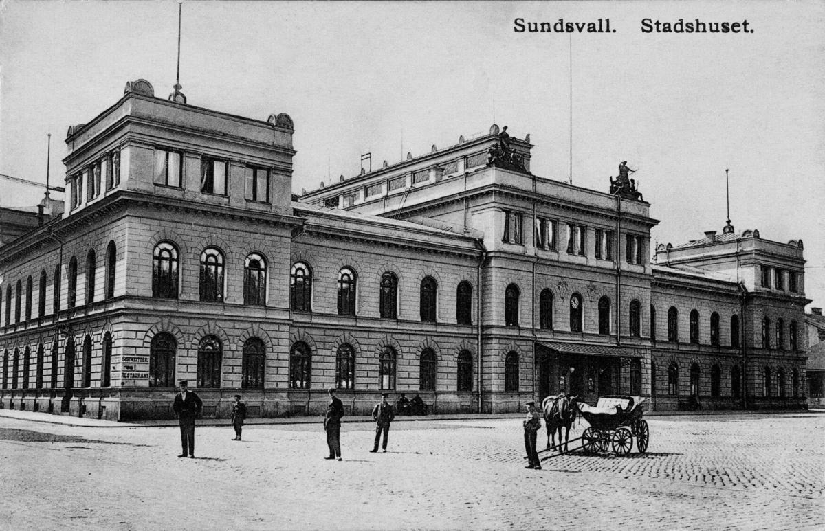 """Text på vykortet """"Sundsvall. Stadshuset."""""""