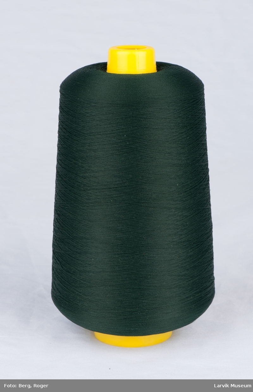 Trådsnelle med plastspolen