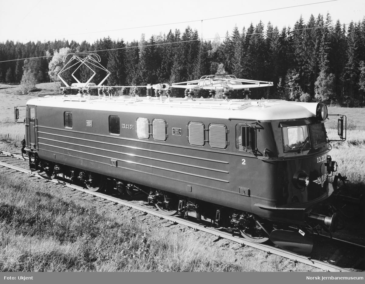 Elektrisk lokomotiv El 13 nr. 2131 som nytt