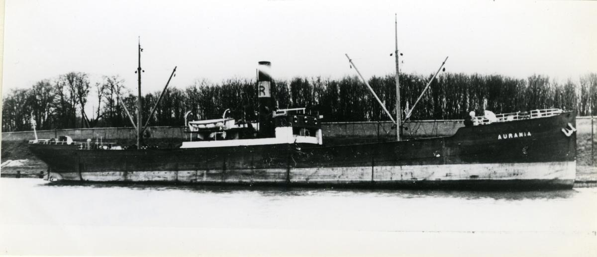 Ägare:/1924-38/: Rederi AB Urania. Hemort: Råå.