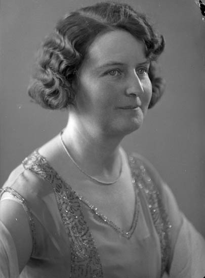 """Text till bilden: """"Fru Titti Åstedt""""."""