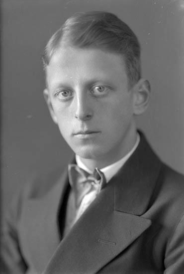 """Text till bilden: """"Gustav Åvall""""."""