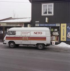 Varebil fra Ne-To tobakkfabrikk.