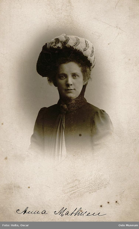 Mathiesen, Anna