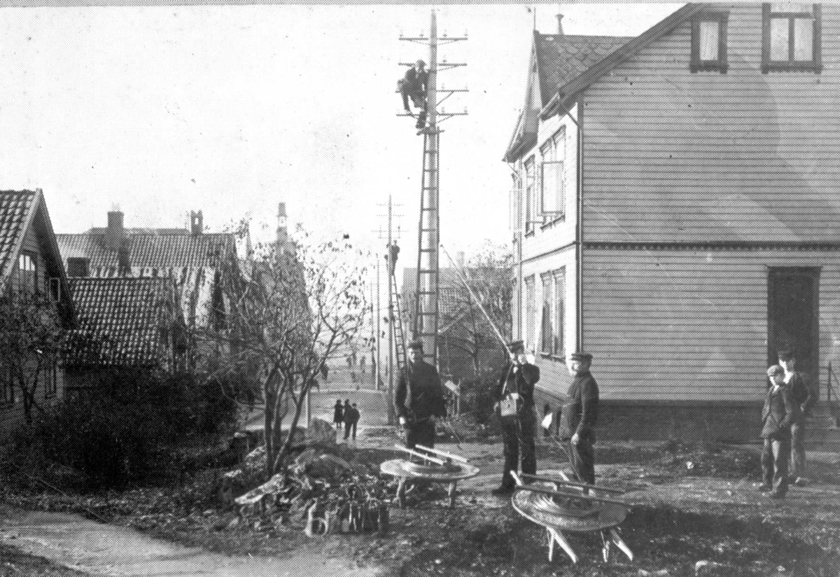 Byeksteriør - Telekommunikasjon - Byggearbeid.