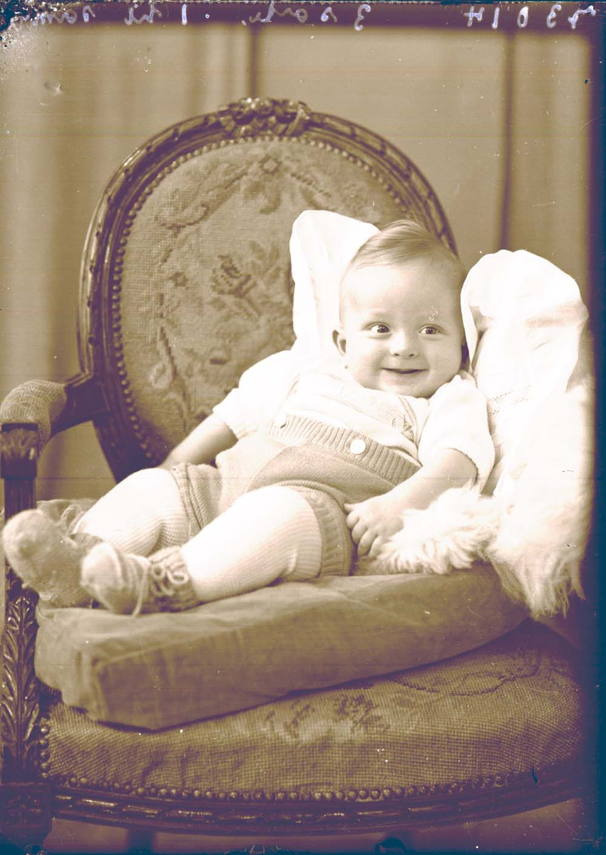 Portrett - 1 barn.