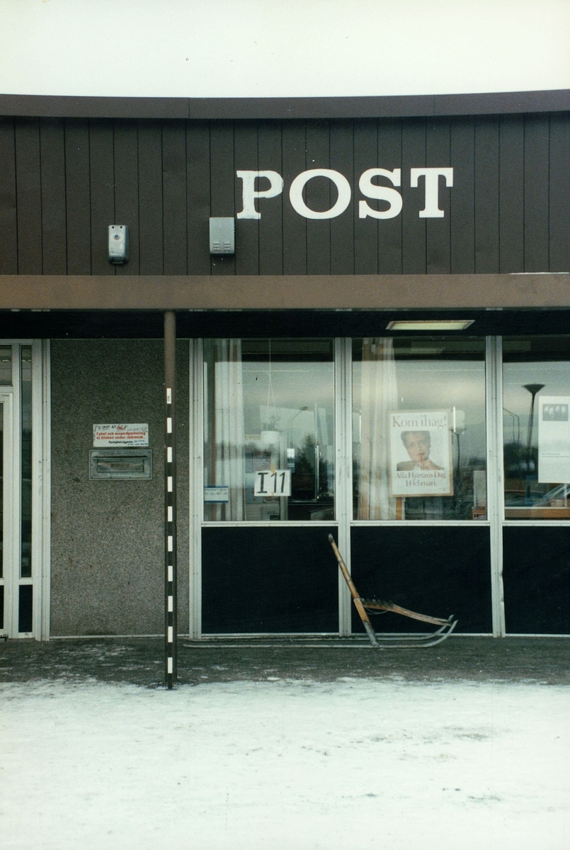 Postkontoret 156 00 Vagnhärad Centrumvägen 16