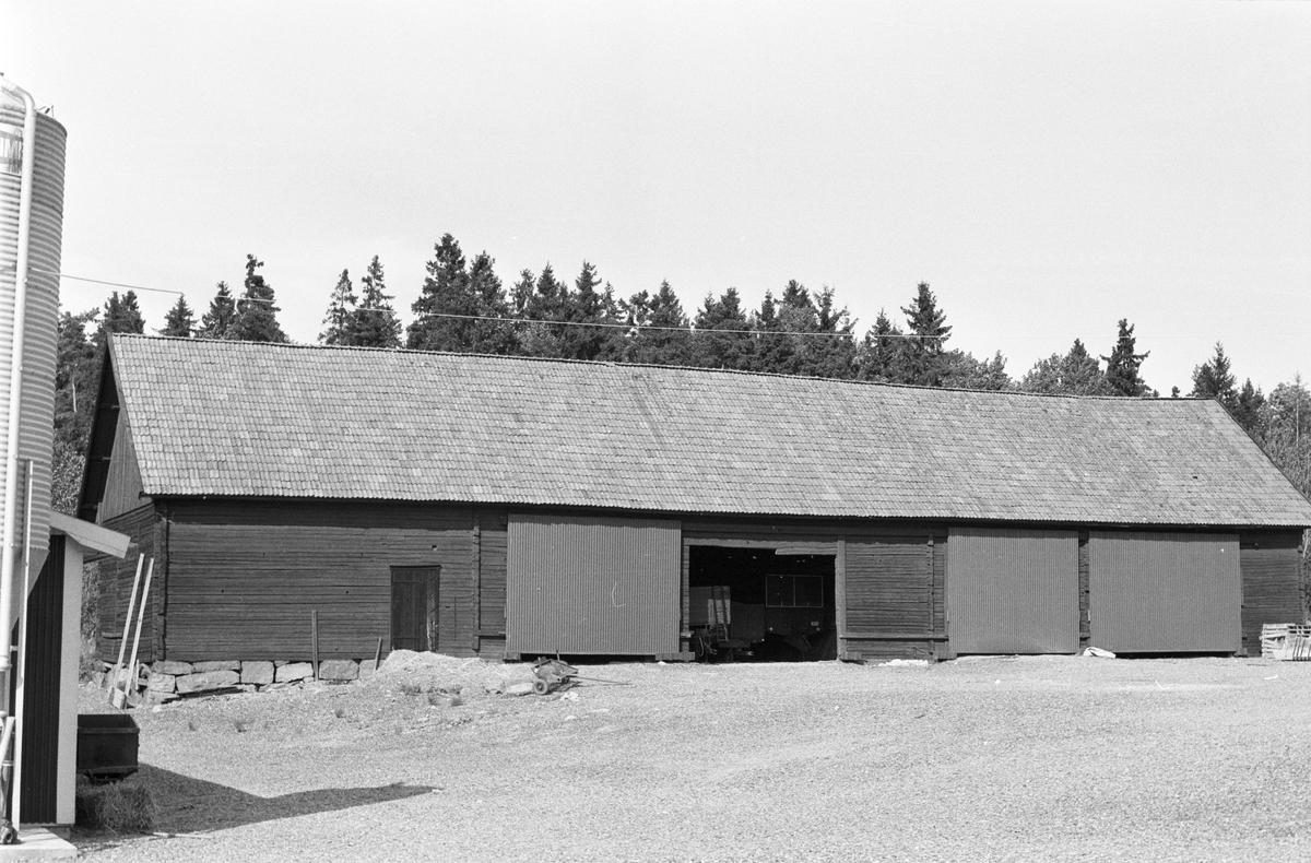 Lider och lada, Skeke 2:6, Rasbo socken, Uppland 1982