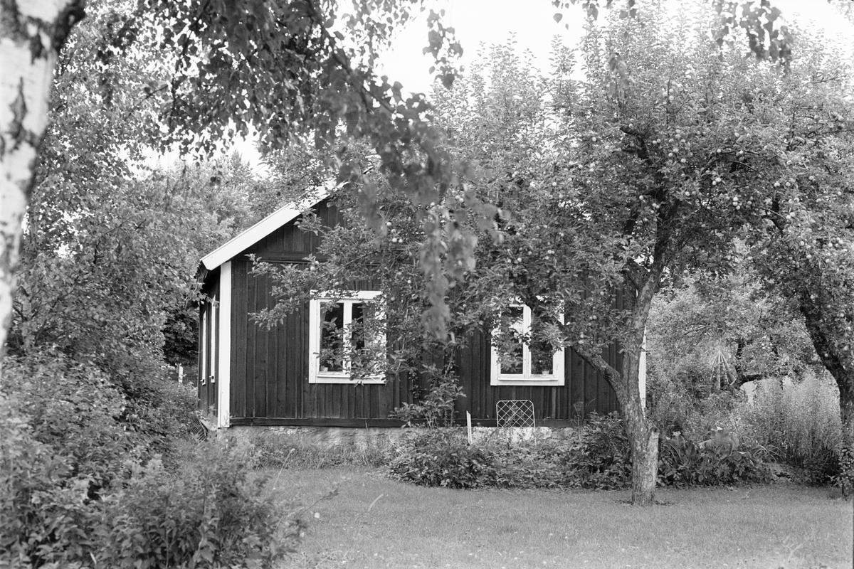 Bostadshus, Karlsro, Årsta 2:2, Karlsborg, Rasbo socken, Uppland 1982